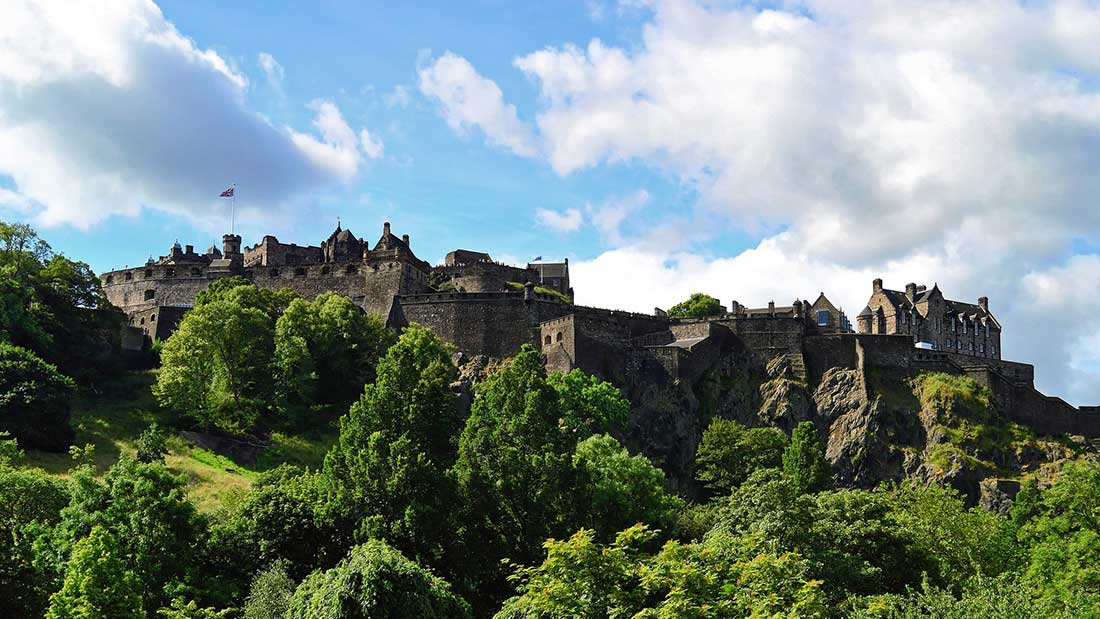 edinburgh-castle-959082_1920